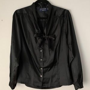 Givenchy for Chesa   black silk v-neck tie blouse